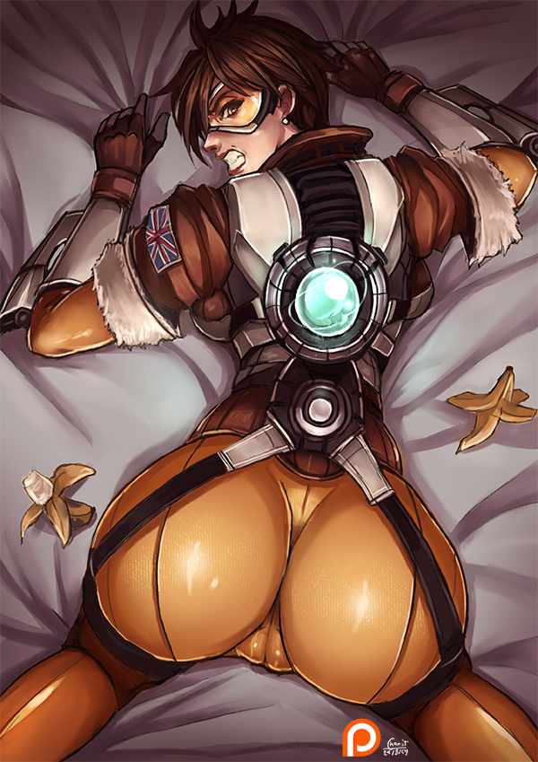 Tracer Waiting to be Fucked Doggystyle